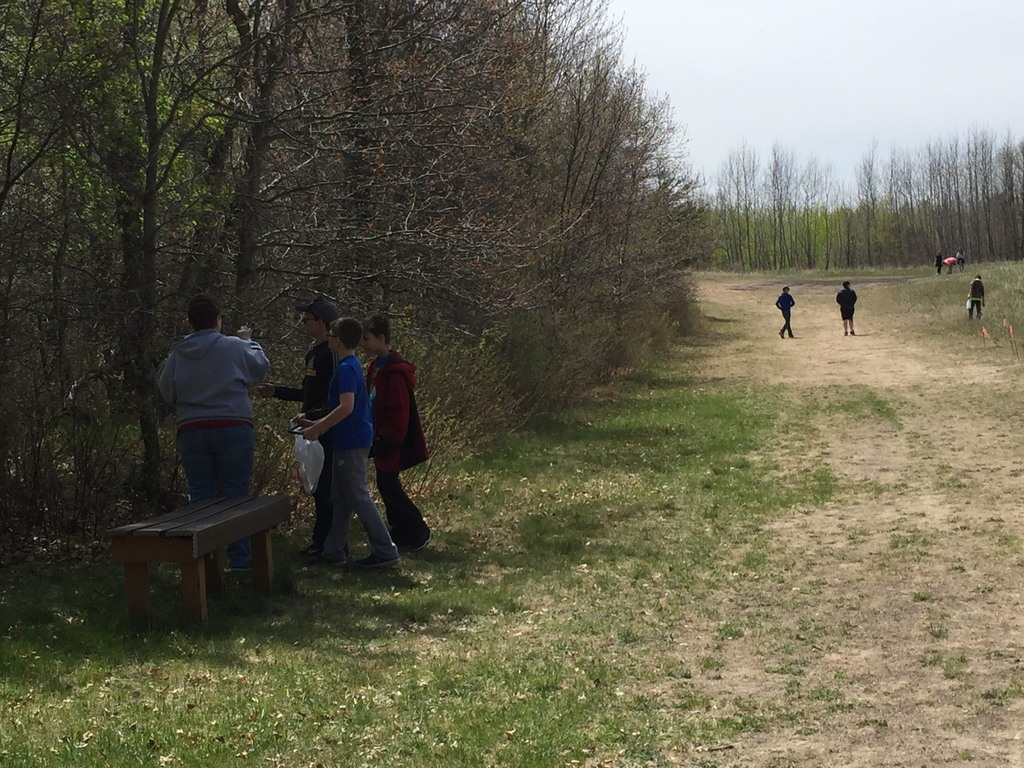 Outdoor scavenger hunt on the Forestview Hiking Trails