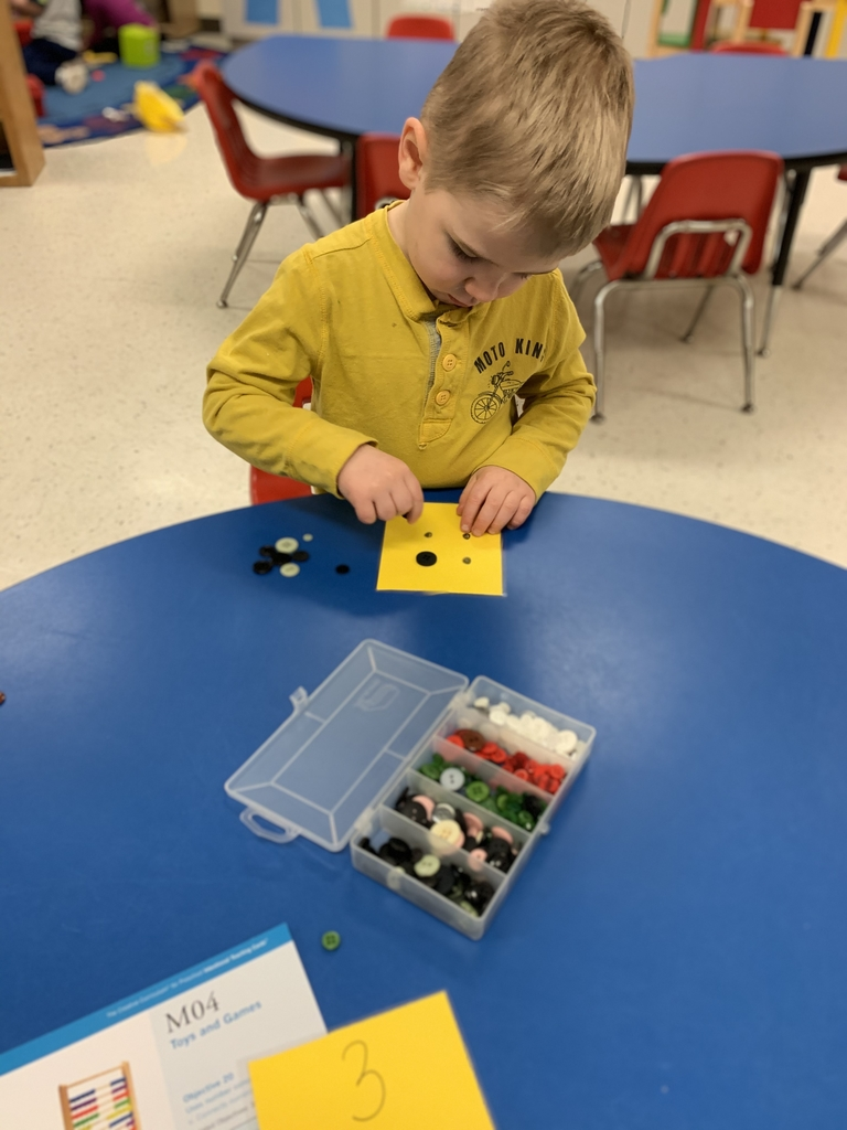 Connecting numerals with their quantities using buttons!